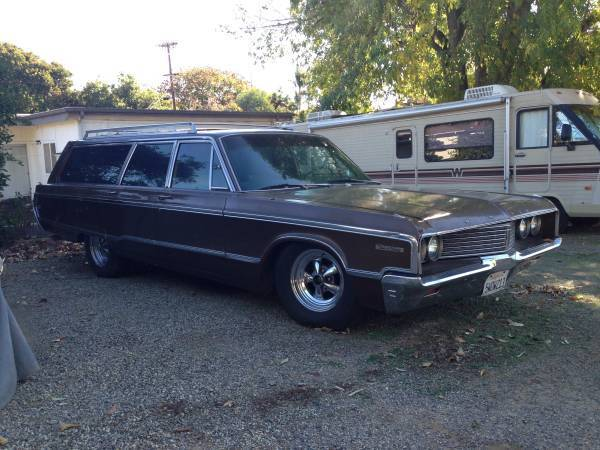 for sale cl ad 1968 chrysler new yorker town and. Black Bedroom Furniture Sets. Home Design Ideas