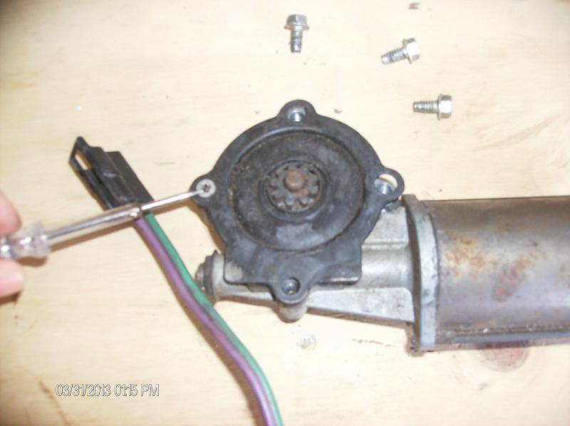 How To Rebuild Chrysler Power Window Motor Clutch Assembly