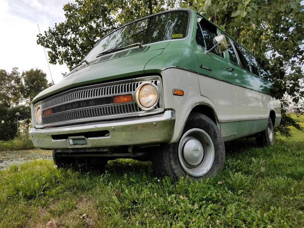 For Sale - 1973 Dodge B200 Sportsman (NOT MINE) | For C