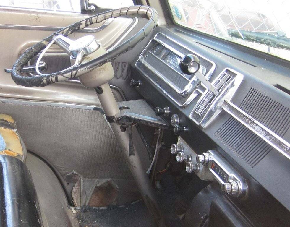 08a-1968-Dodge-D-100-Adventurer-Down-On-The-Junkyard-Pictures-courtesy-of-Murilee-Martin.jpg