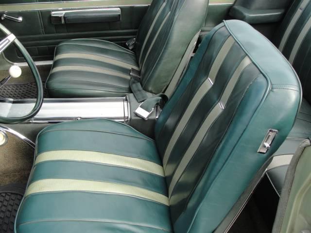 13 Int Driver Seat.JPG