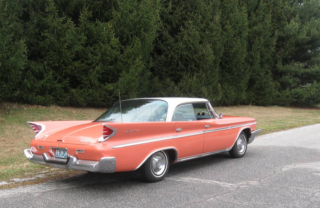 1960-desoto-adventurer-styled-with-soaring-tail-fins-1.jpg