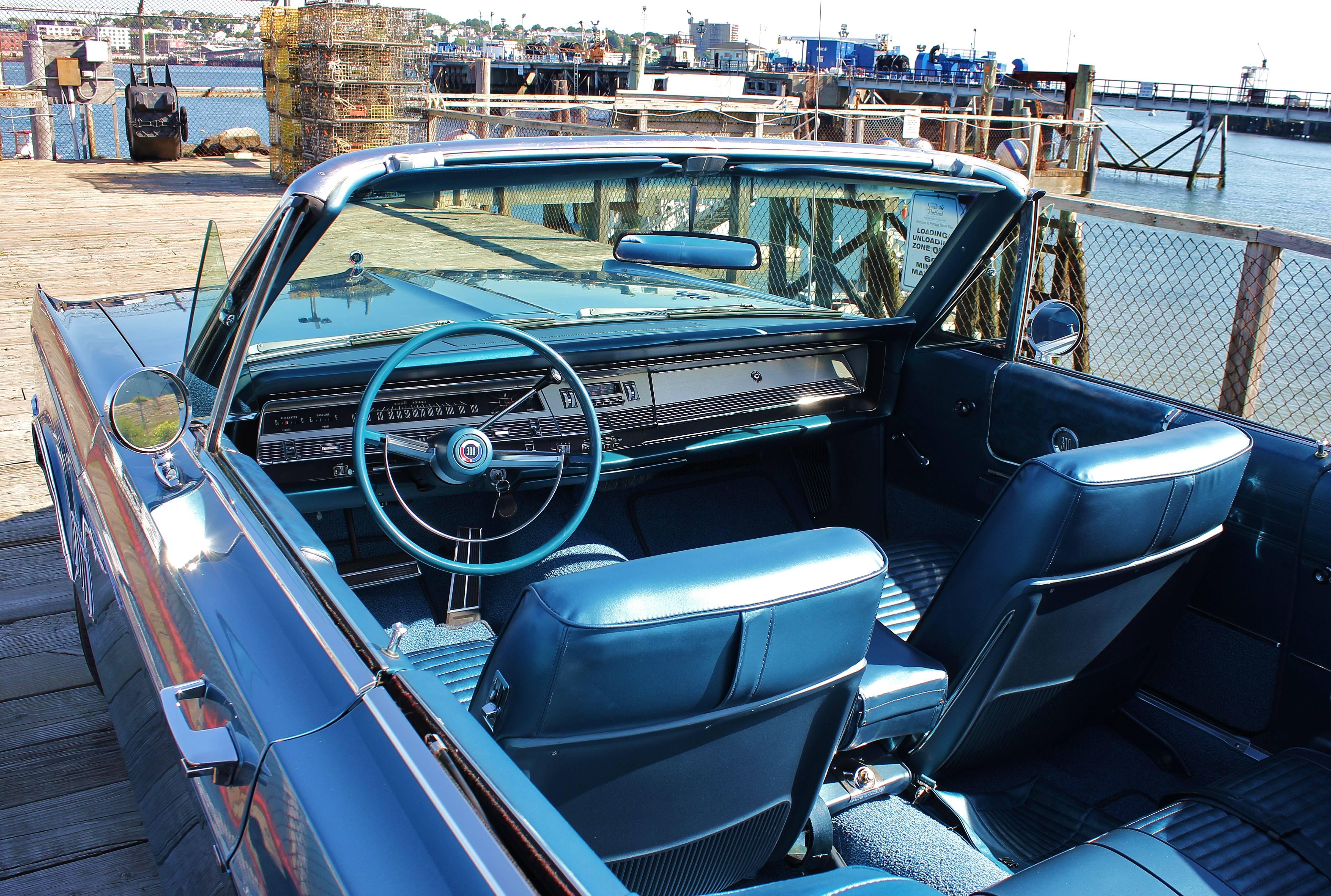 1968 chrysler 300 morning dock 12.JPG