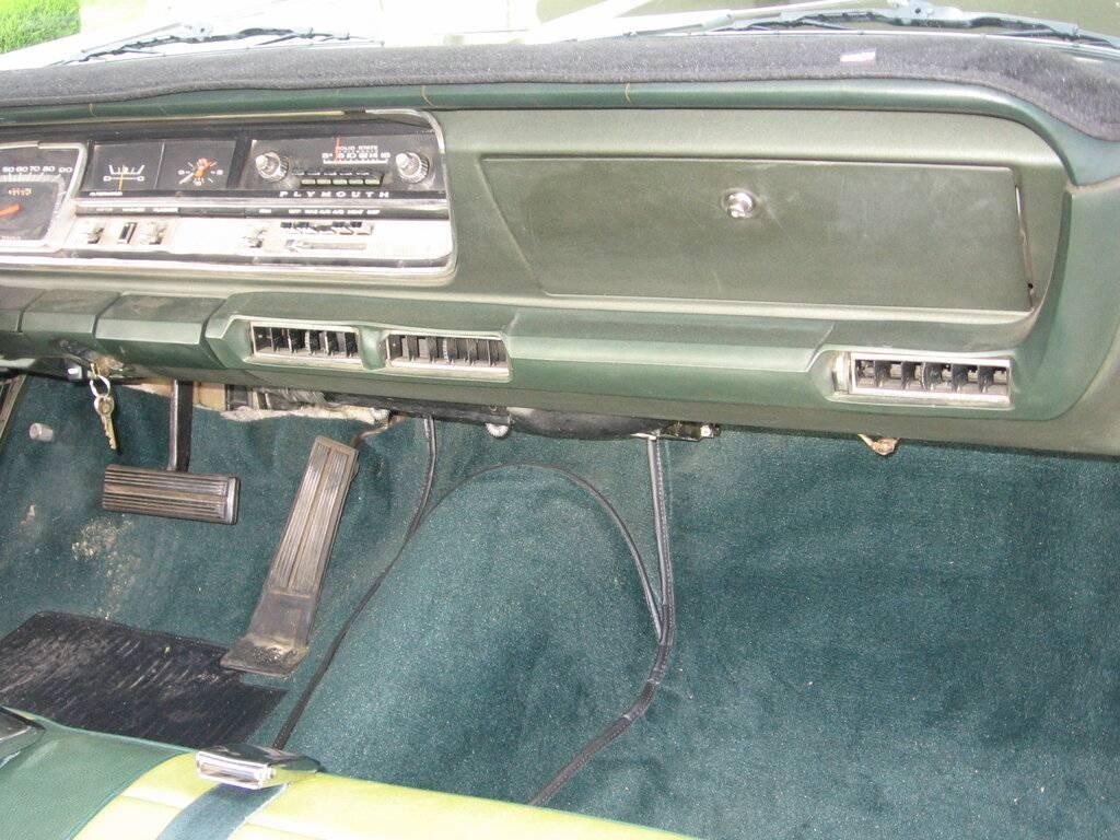 1968.Plymouth.Fury.III.2.Door.Fasttop.021.jpg
