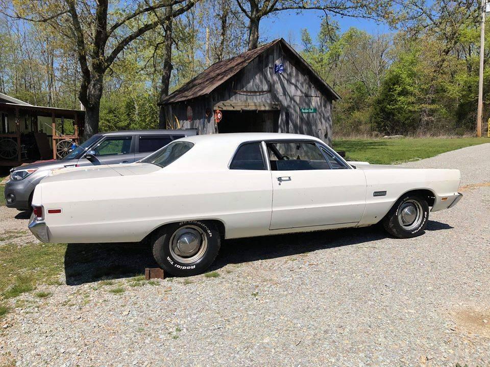 1969 Plymouth Fury I Post 3spd Slant 6 $3,500 Ravenden AR.006.jpg