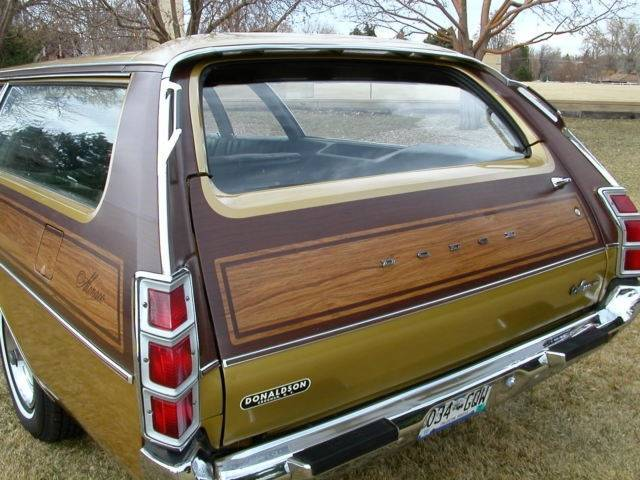 1972-dodge-monaco-station-wagon-mopar-low-miles-chrysler-1.jpg