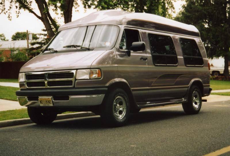 1997 Van left front017.jpg