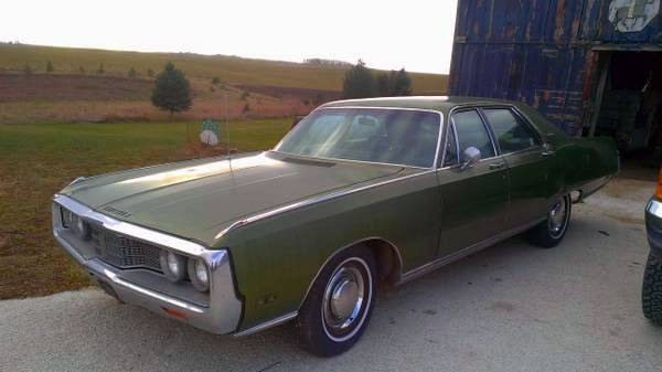 1969 Chrysler New Yorker 4 Door Sedan 1500 For C