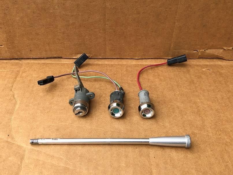 61 dash parts_1a.jpg
