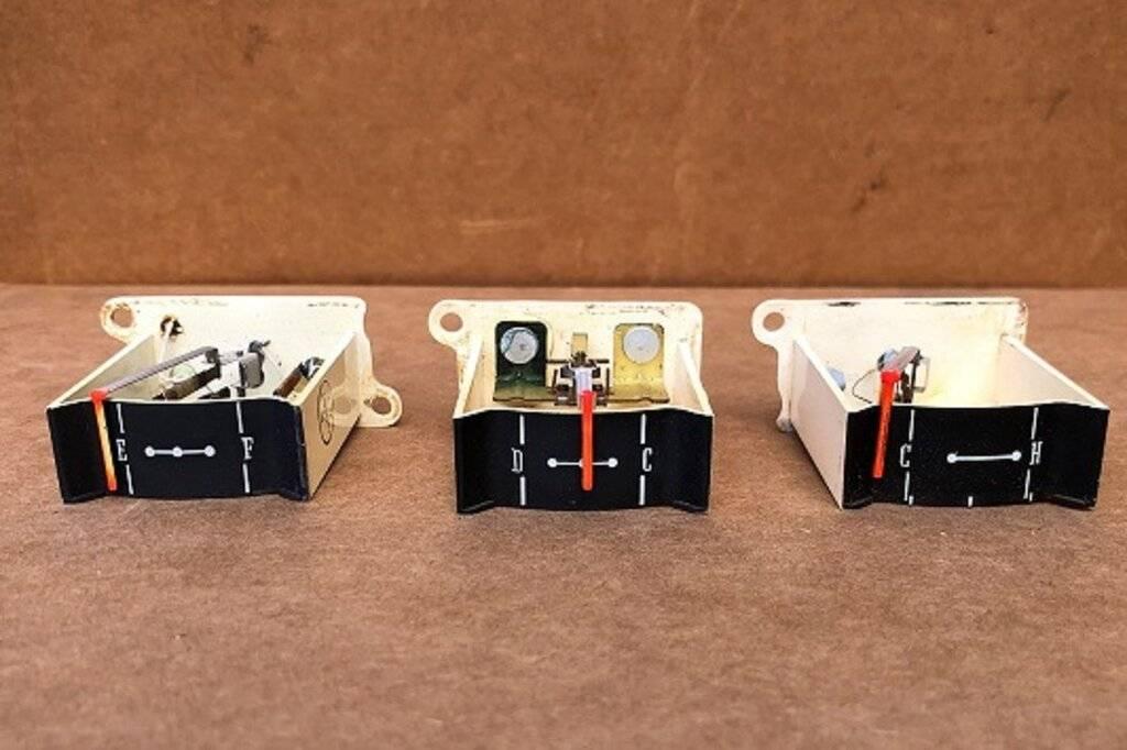 61 dash parts_gauges (2).jpg