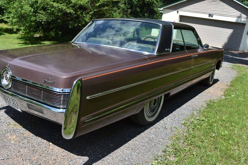 67 Imperial right side.JPG