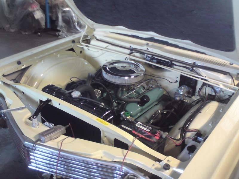 68 Newport engine 2.JPG