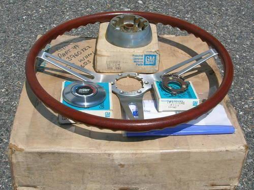 69-chevy-chevelle-camaro-impala-rosewood-steering-wheel-americanlisted_30170989.jpg