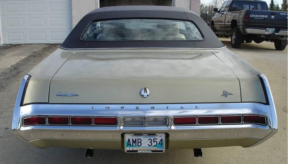 70 Imperial LeBar 4dr gold 5.JPG