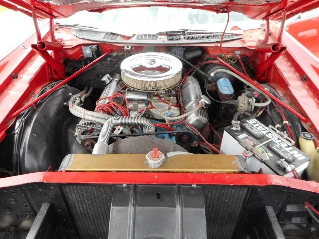 72red engine.jpg