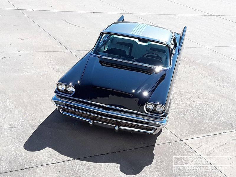 800px-Danny-vandergriff-1957-chrysler5.jpg