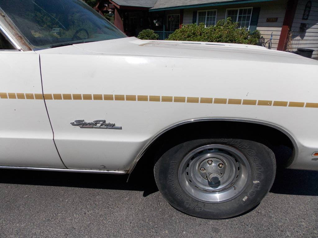 DERRICKS 1971 SPORT FURY GT 004.jpg