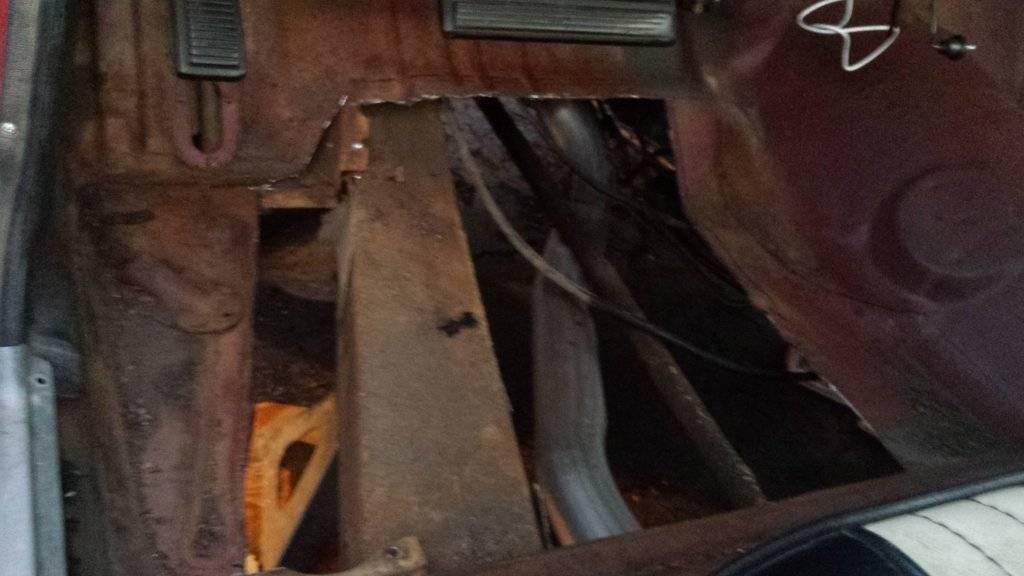 Drivers floor pan.jpg