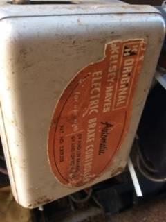 electric brake label 1.jpg