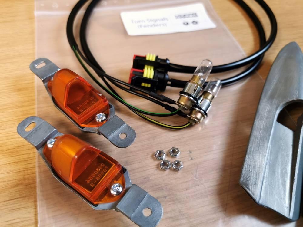 Fender-mounted-turn-signals_07.jpg