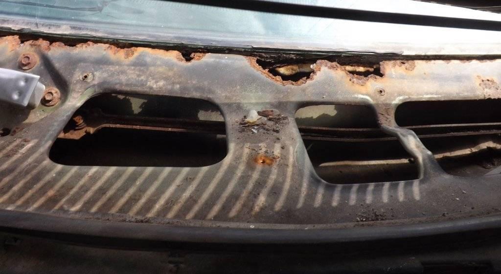 Furyy cowl rust.jpg