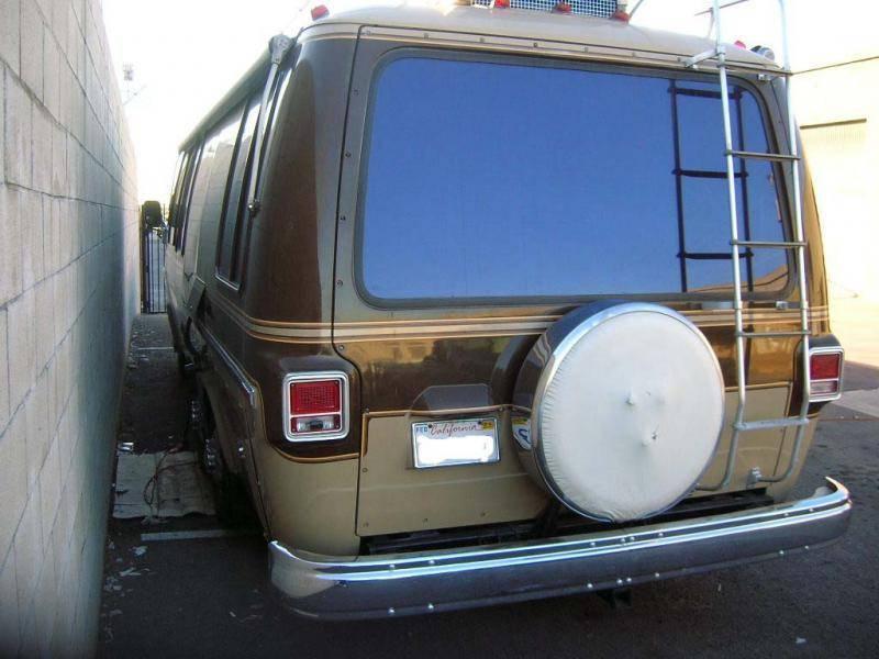 GMC Motorhome Rear.jpg