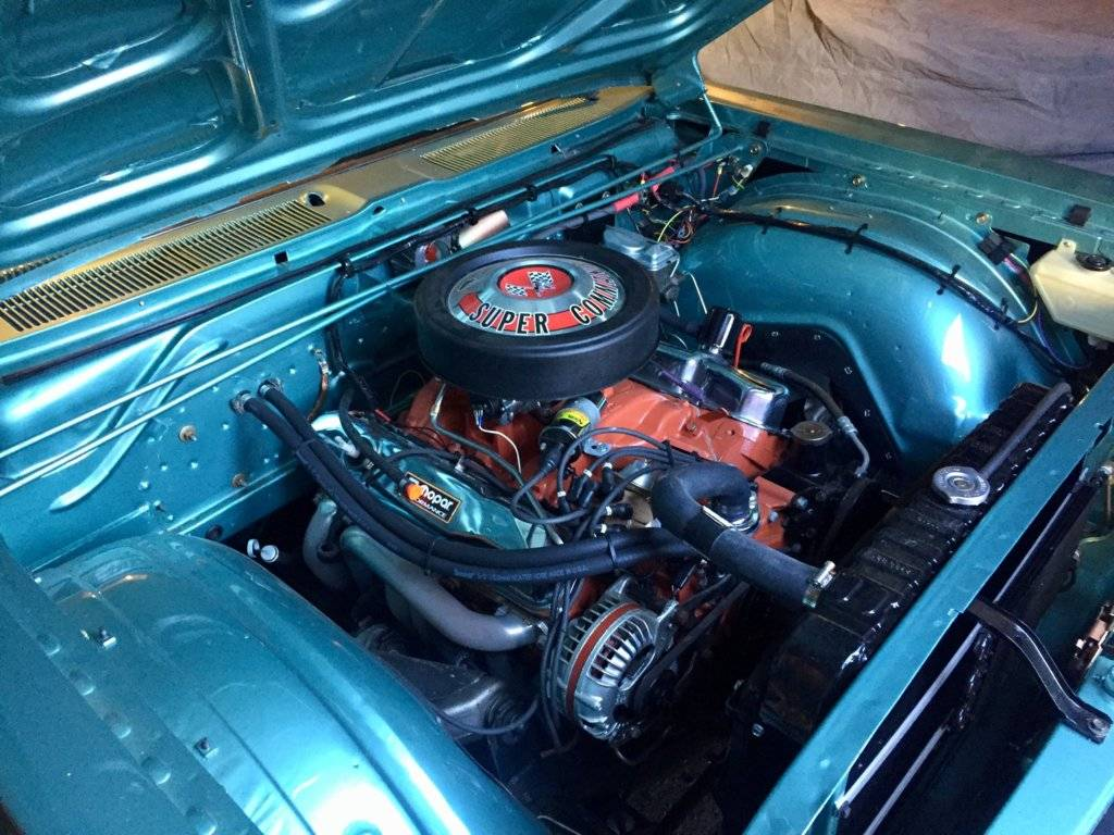 Hotrod motor right.jpg