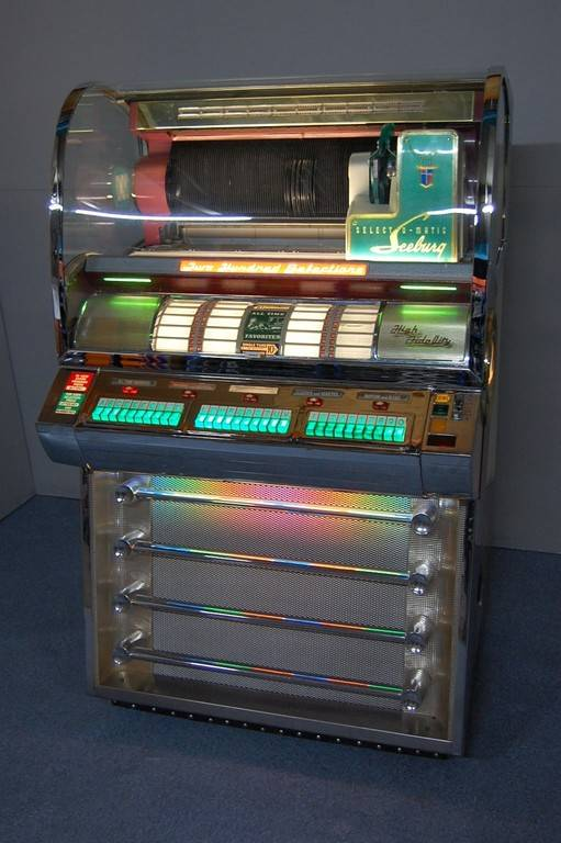 jukebox-seeburg-modell-v200-vj065-6c9.jpg