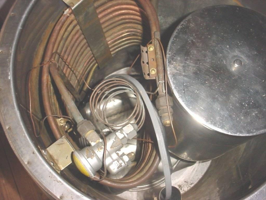 root beer barrel internals.JPG
