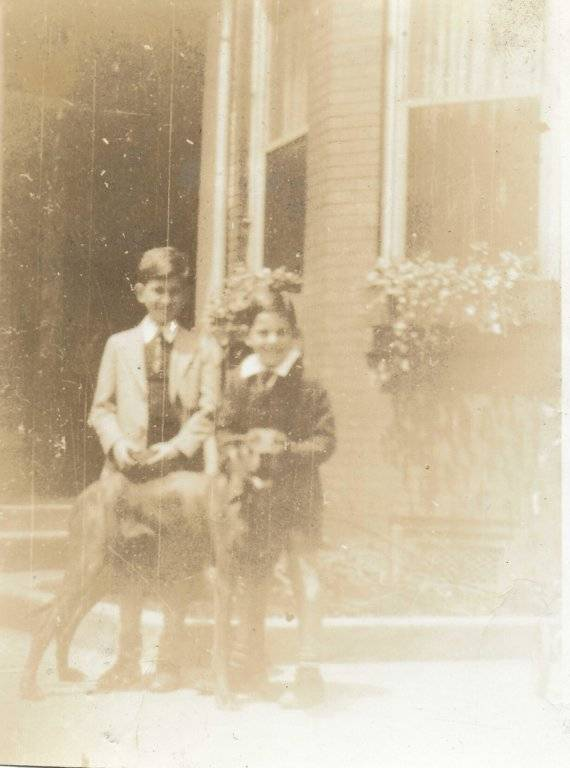 Scan 1932 1200 dpi jpeg Dad, John, Burley.jpg