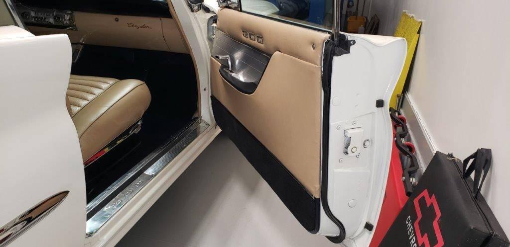 Small Chrysler 300 F 9.16.20 8.jpg