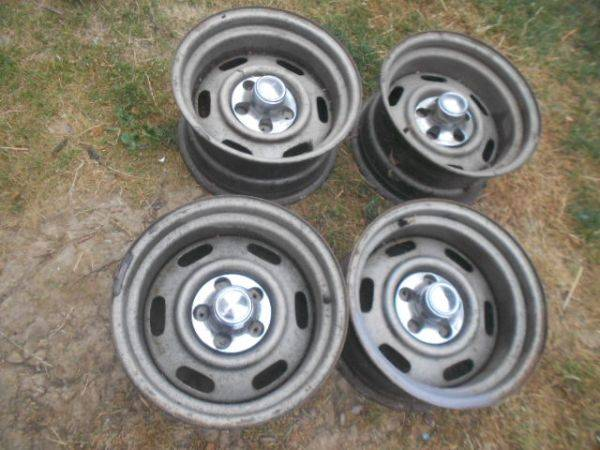 SuperCoupe_Rims_with_Centers.jpg