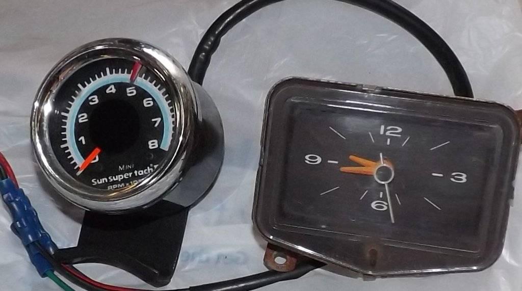 tach and clock.jpg