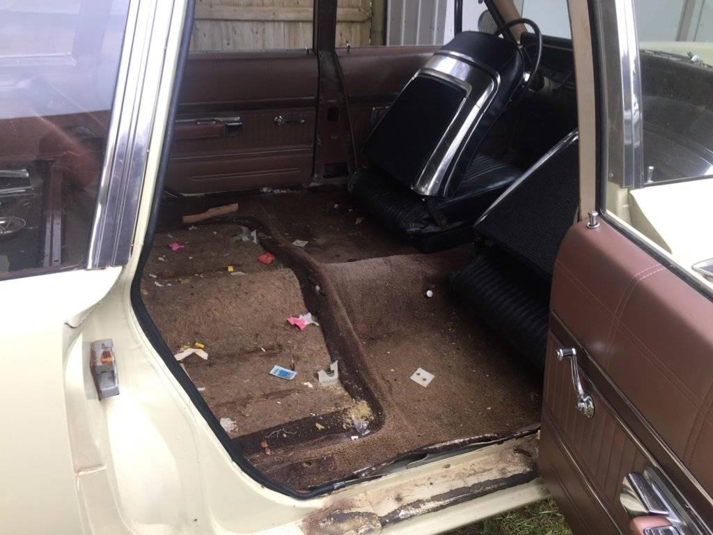 wagon int 2.jpg